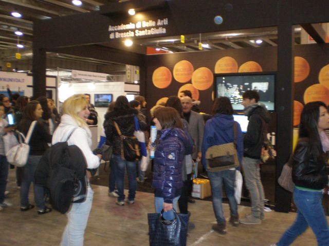 stand accademia 1.JPG